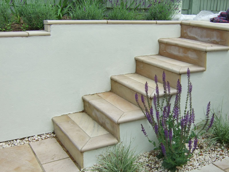 Steps with bullnose coping