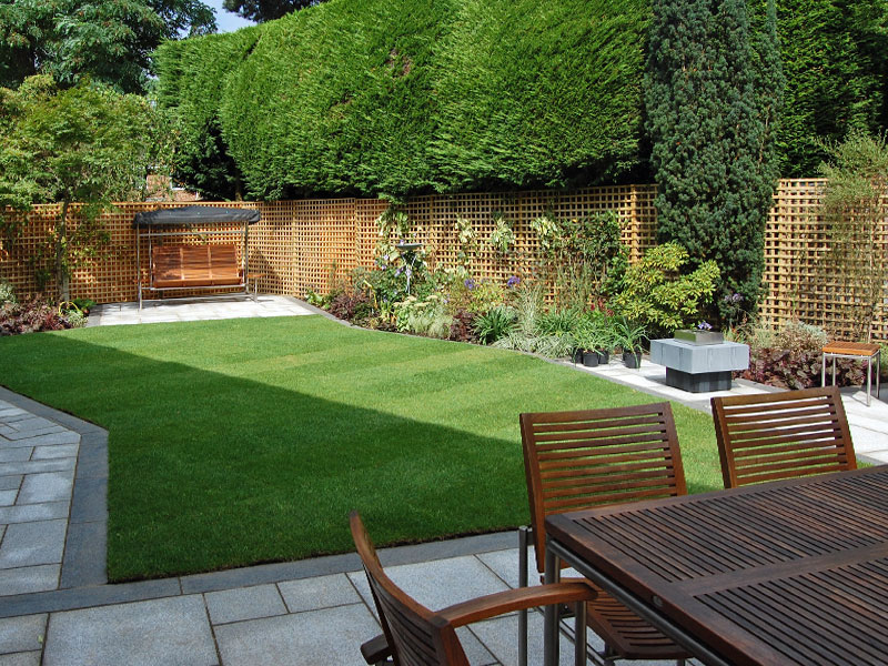 Rectlinear design with contrasting granite paving