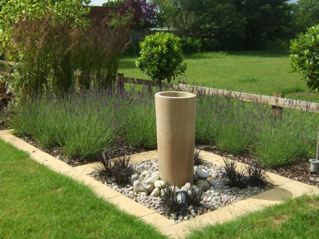 Contemporary columnar sandstone water feature
